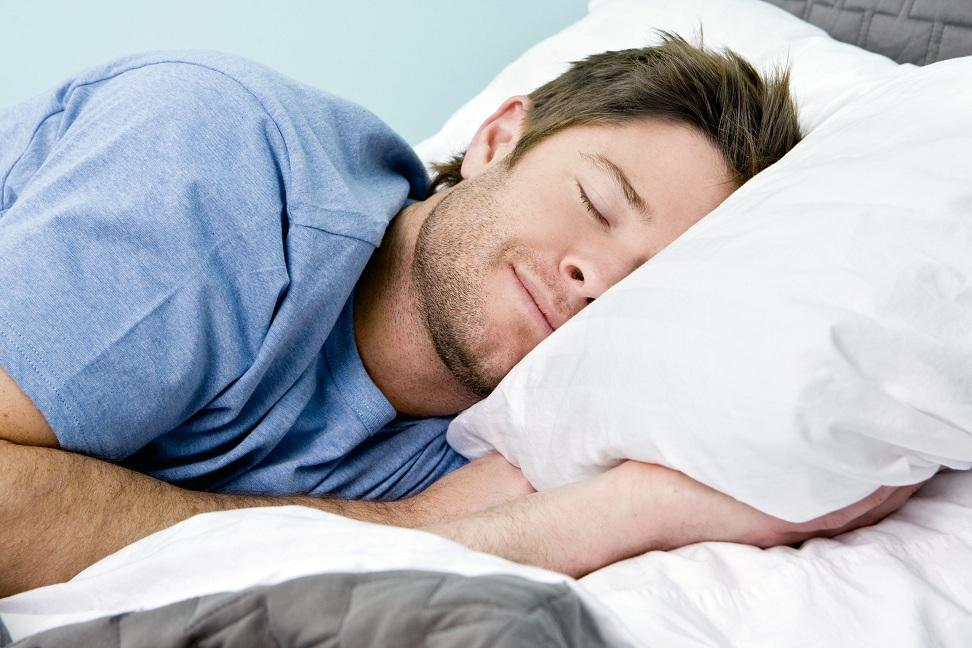 النوم الصحي: وسيلة الجسم للحصول على الراحة وتجديد الطاقة